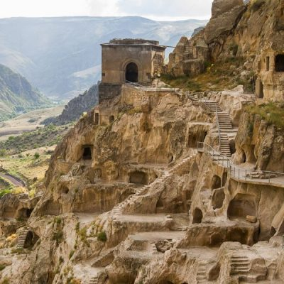 Georgia in 7 days: the ruins of an ancient city Vardzia carved out of rocks